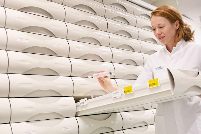 Karin Larmene ziekenhuisapotheker Isala RTA-spuiten